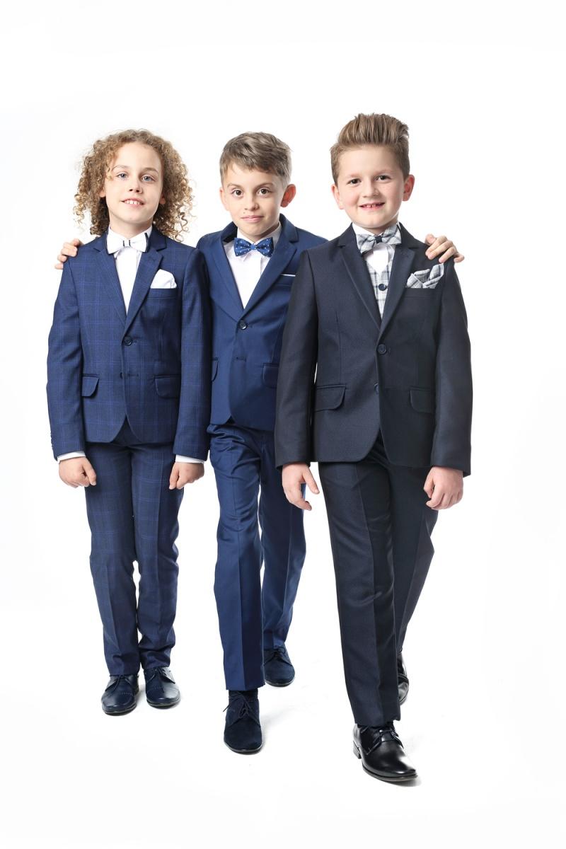 bc57e6eb3cf7 chlapčenský elegantný oblek ENZO